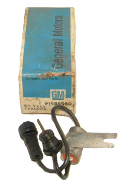GM Radio Capacitor  NOS Free Shipping In The USA