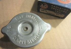 1938 1939 1940 Cadillac (See Details) Radiator Cap New Old Stock Free Shipping In The USA
