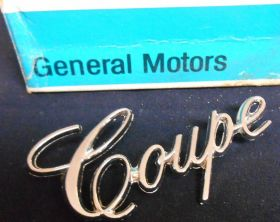 1971 1972 1973 1974 1975 1976 1977 1978 1979 1980 Cadillac Coupe Rear 1/4 Script NOS Free Shipping In The USA